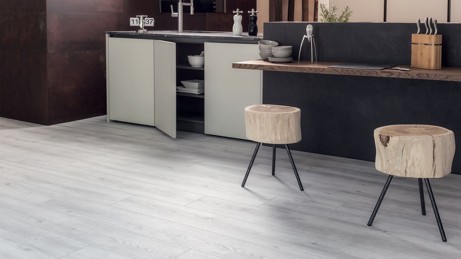 Ламинат Kaindk Natural Touch Standart 33 класс